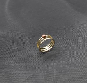 !8k geelgouden ring met zoetwaterparel voor haar