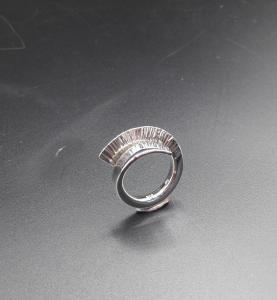 Zilveren gesmede ring